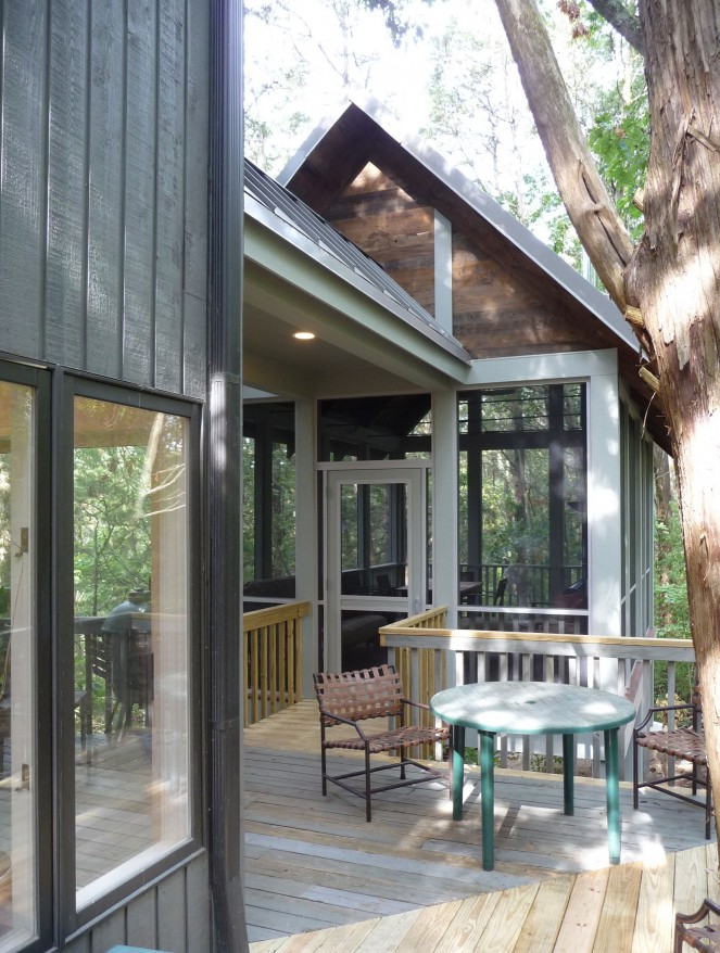 Screened Porch Design - John TeSelle Architecture